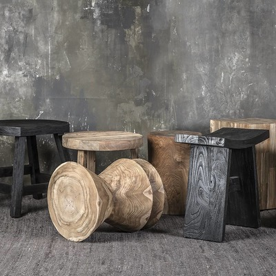 Sustainable furniture 💚 Untreated solid reclaimed teak stools.  Mobiliario sostenible 💚 Taburetes de teca reciclada natural.  #dareels #dareelsdesign #sustainablefurniture #reclaimedteak #naturalhomes