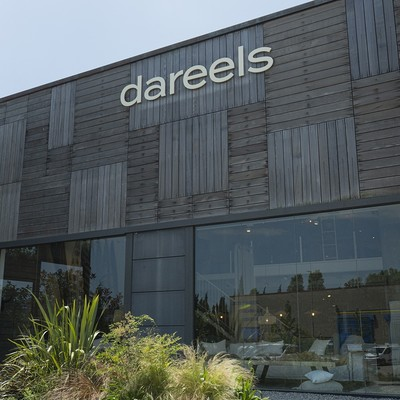 Mediterranean atmosphere and the essence of Dareels in our Palafrugell Store - Come to visit us in la Costa Brava!  🌞  Ambiente mediterráneo y la esencia de Dareels en nuestra Palafrugell Store - ¡Ven a visitarnos en la Costa Brava!  #dareels #dareelsdesign #sustainability #sustainablefurniture #reclaimedteak #slowdesign #naturalhomes